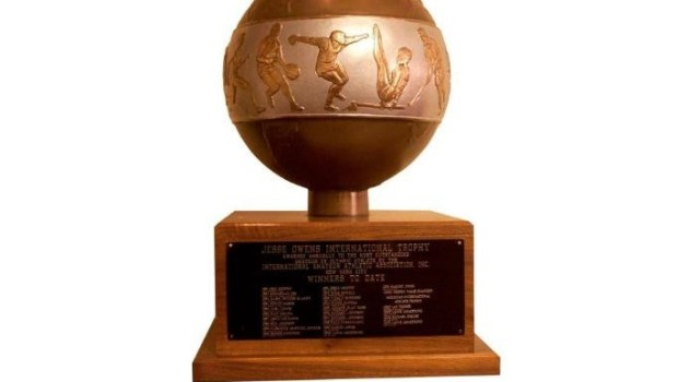 INTERNATIONAL ATHLETIC ASSOCIATION JESSE OWENS INTERNATIONAL ATHLETE TROPHY
