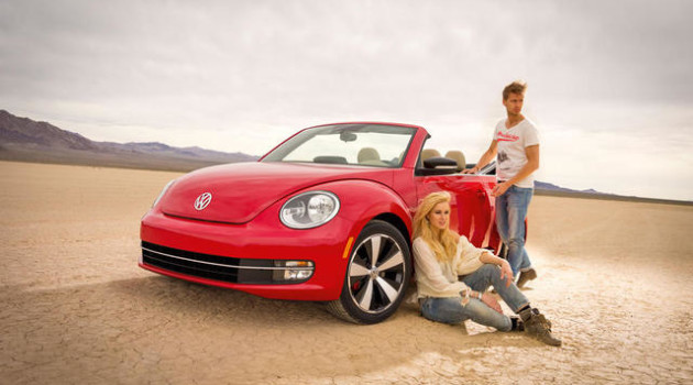 2014 Volkswagen Beetle Convertible TDI with Sound & Navigation for HOMBRE MAGAZINE 3