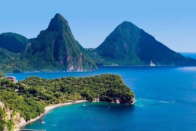 St.-Lucia-Pitons1