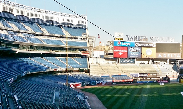Yankee Stadium - Hard Rock Cafe for HOMBRE Magazine 1