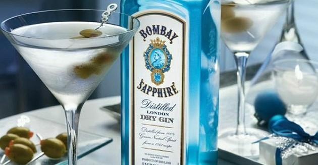 Bombay Sapphire Classic Martini Cocktail1