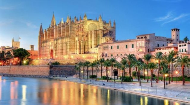 sant-francesc-hotel-old-town-and-cathedral-palma-majorca