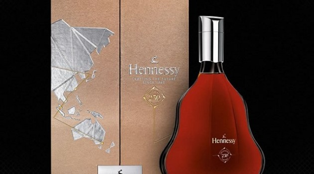 The-Hennessy-250-Collectors-Blend-2a