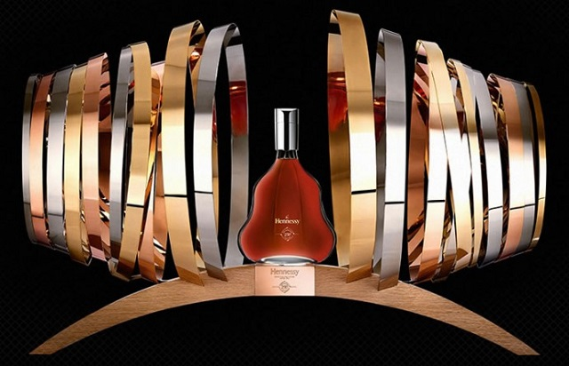 The-Hennessy-250-Collectors-Blend-3A