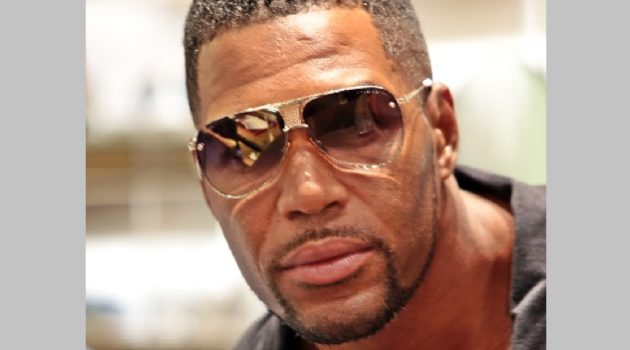 2-designer-eyes-for-hombre-magazine-michael-strahan